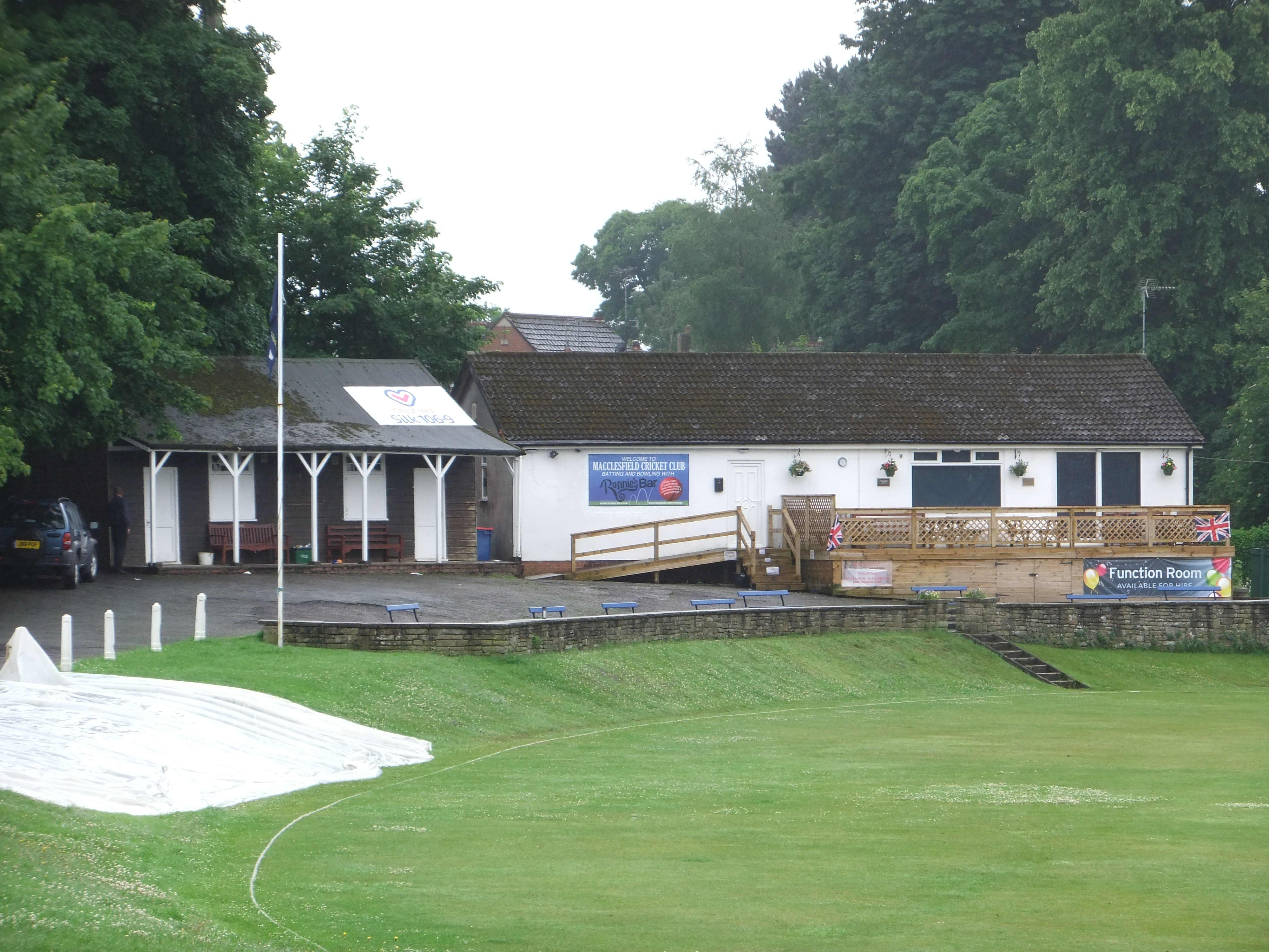 Academy secures 6 wicket win over Warwickshire